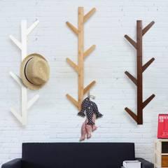 Woodluv 6 Hook Wall-Mounted Bamboo Tree Branch Coat Hook - Natural