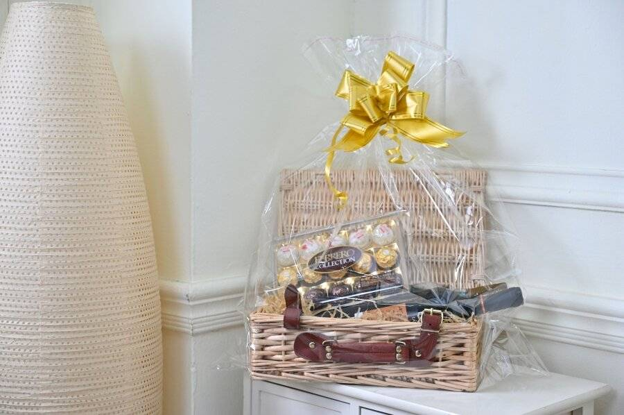 Create Your Own Wicker Gift Hamper Basket With Faux Leather handle