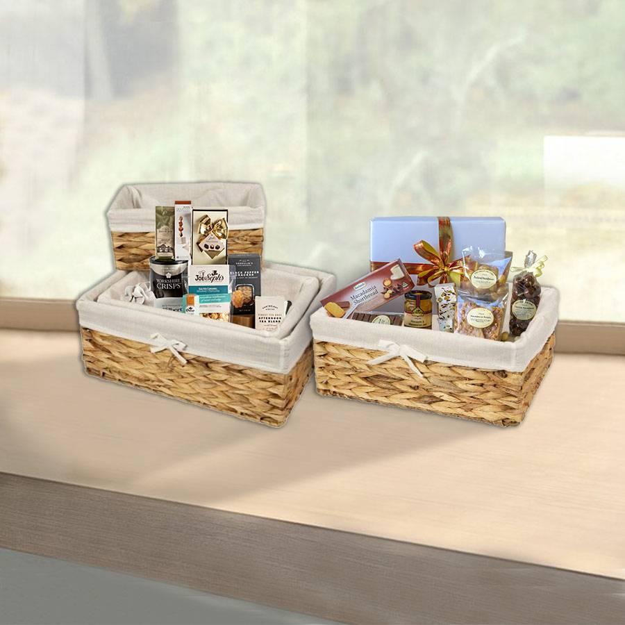 Woodluv Water Hyacinth Shelf Storage Basket With Lining - Medium