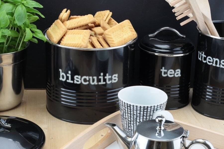 Round Black Enamel Airtight Seal Cookie Storage Canister