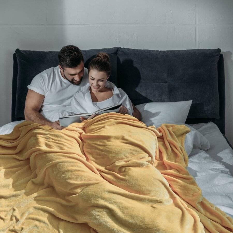 Luxury Soft & Fluffy Extra Large Flannel Throw - Beige 200 cm x 240 cm