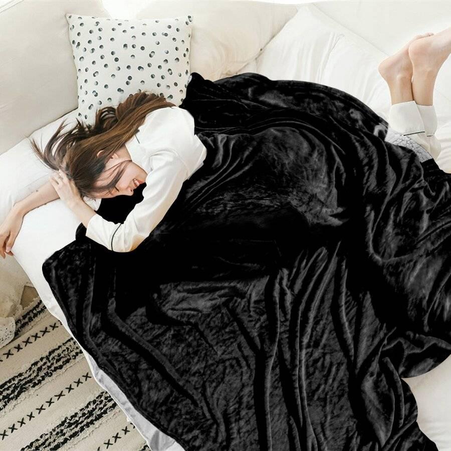 EHC Super Soft Fluffy Flannel Fleece Throws, Black 125 cm x 150 cm
