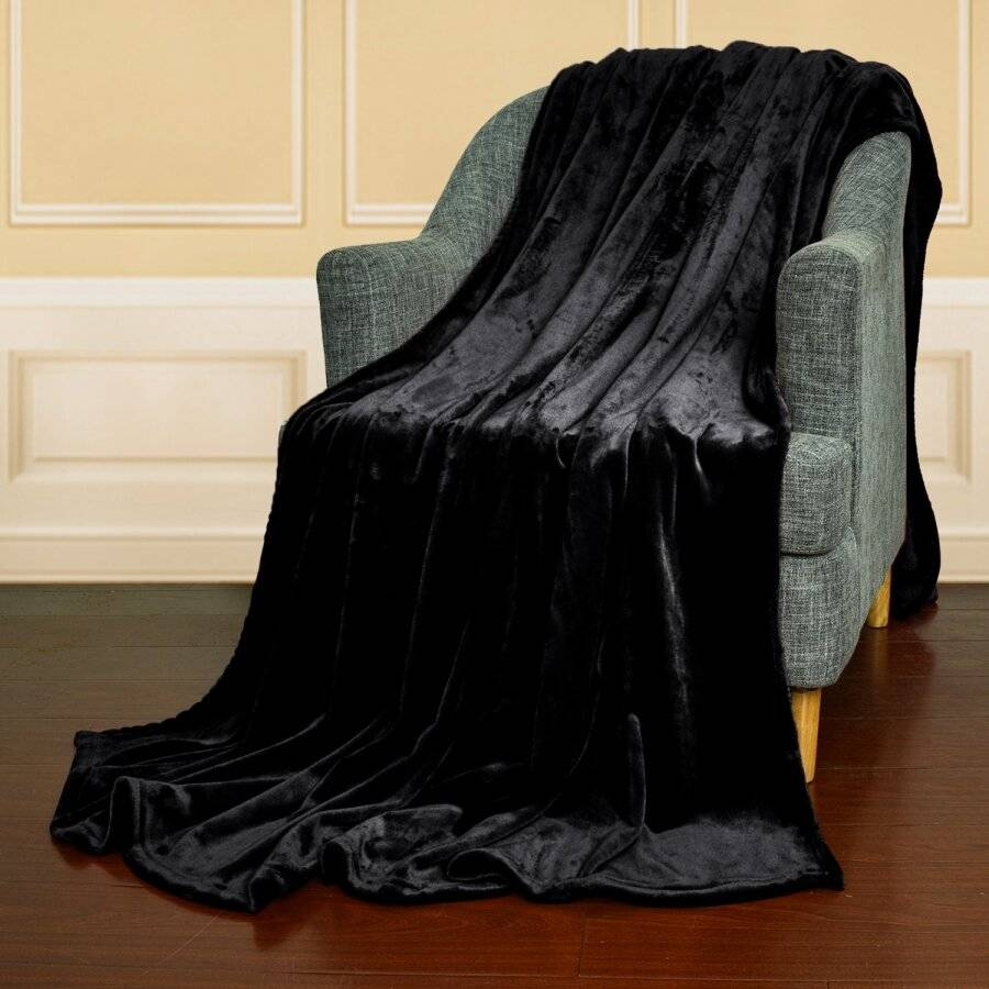EHC Super Soft Fluffy Flannel Fleece Throws, Black 150 cm x 200 cm