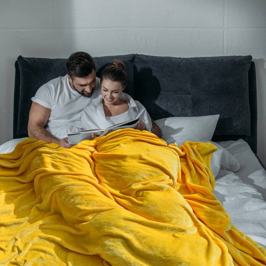 EHC Super Soft Fluffy Flannel Fleece Throws, Yellow 150 cm x 200 cm