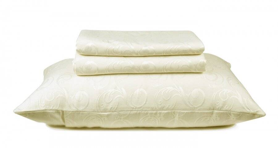 European Style Woven Matelasse Bedspread, 2 Pillow Shams - Bliss Cream