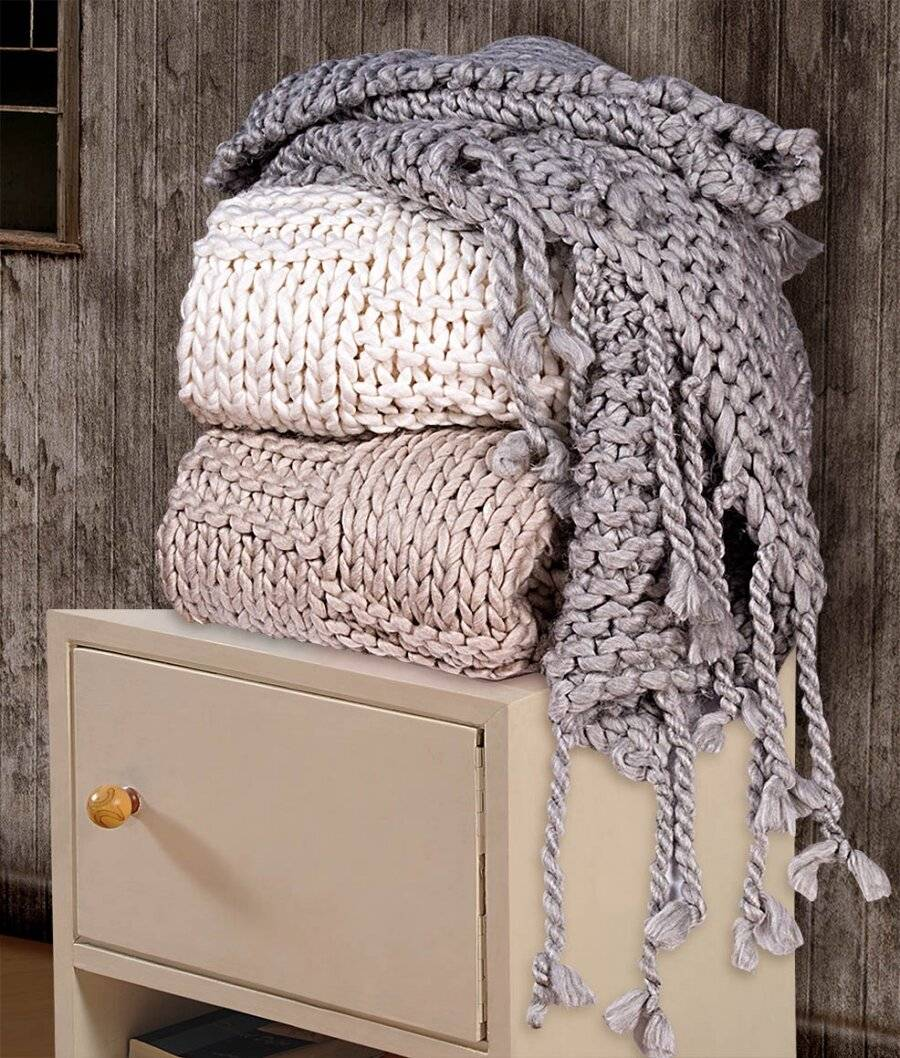 Luxurious & Soft Hand Knitted Cotton Throw - Grey (120 X 150 cm)