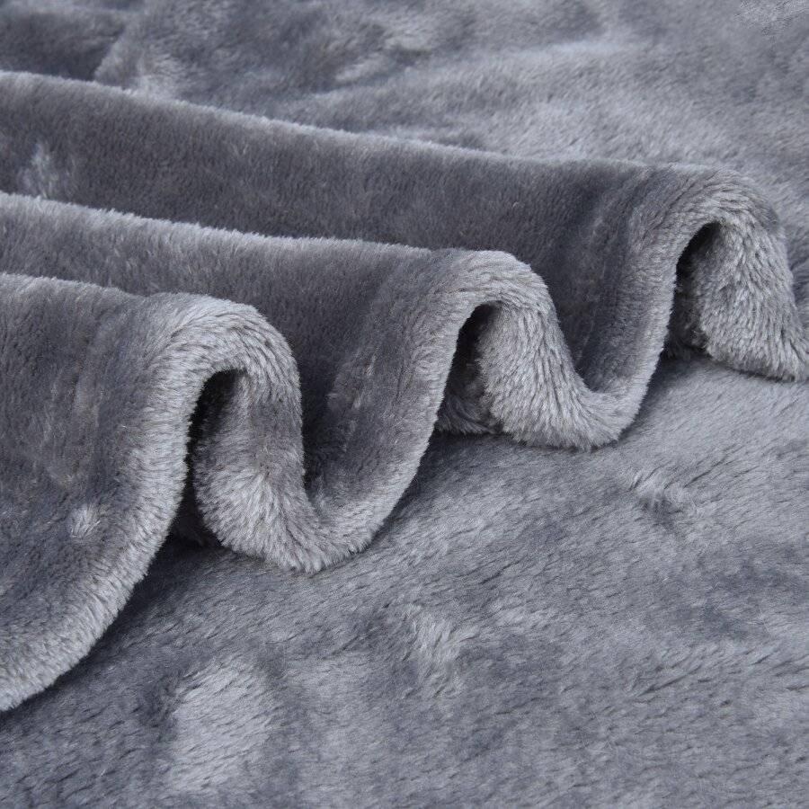 Luxury Super Soft & Fluffy Large Flannel Blanket- Cream (150 X 200 Cm)