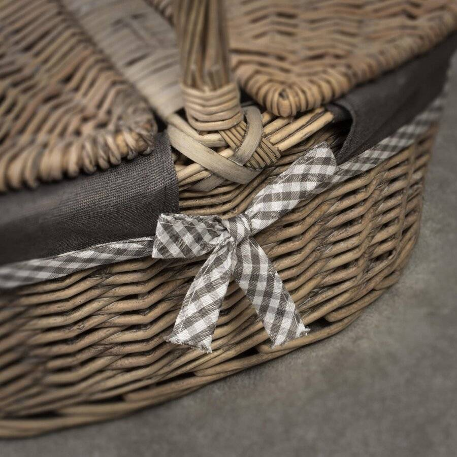 Oval Double Lidded Wicker Picnic Hamper Basket With Handle & Lining