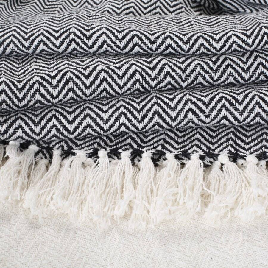 Pair Of 2 Chevron Throw for Sofa Or ArmChair 127 x 152cm-Ivory /Black