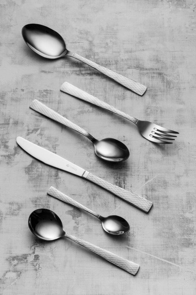 Viners Solar 32 Piece Stainless Steel Cutlery Set - Gift Box