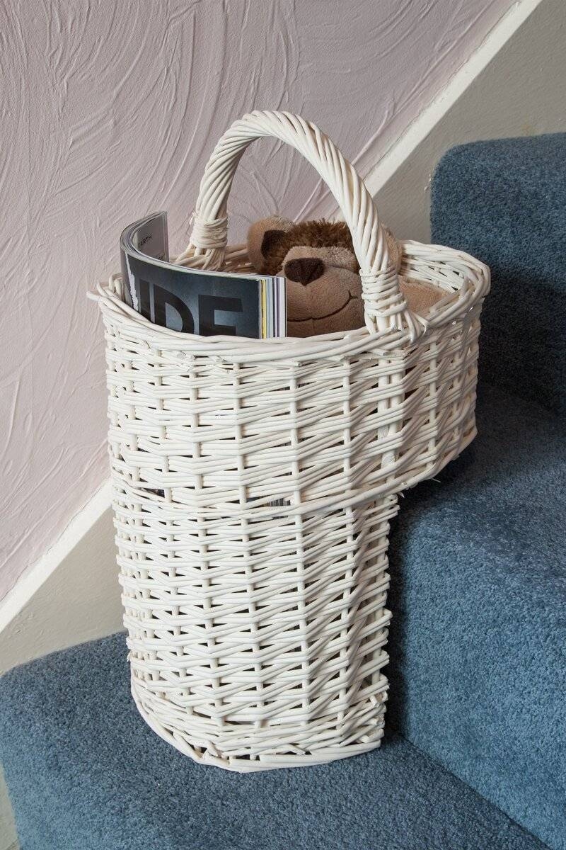 Woodluv Elegant White wicker Oval Stair Basket With Handle, White