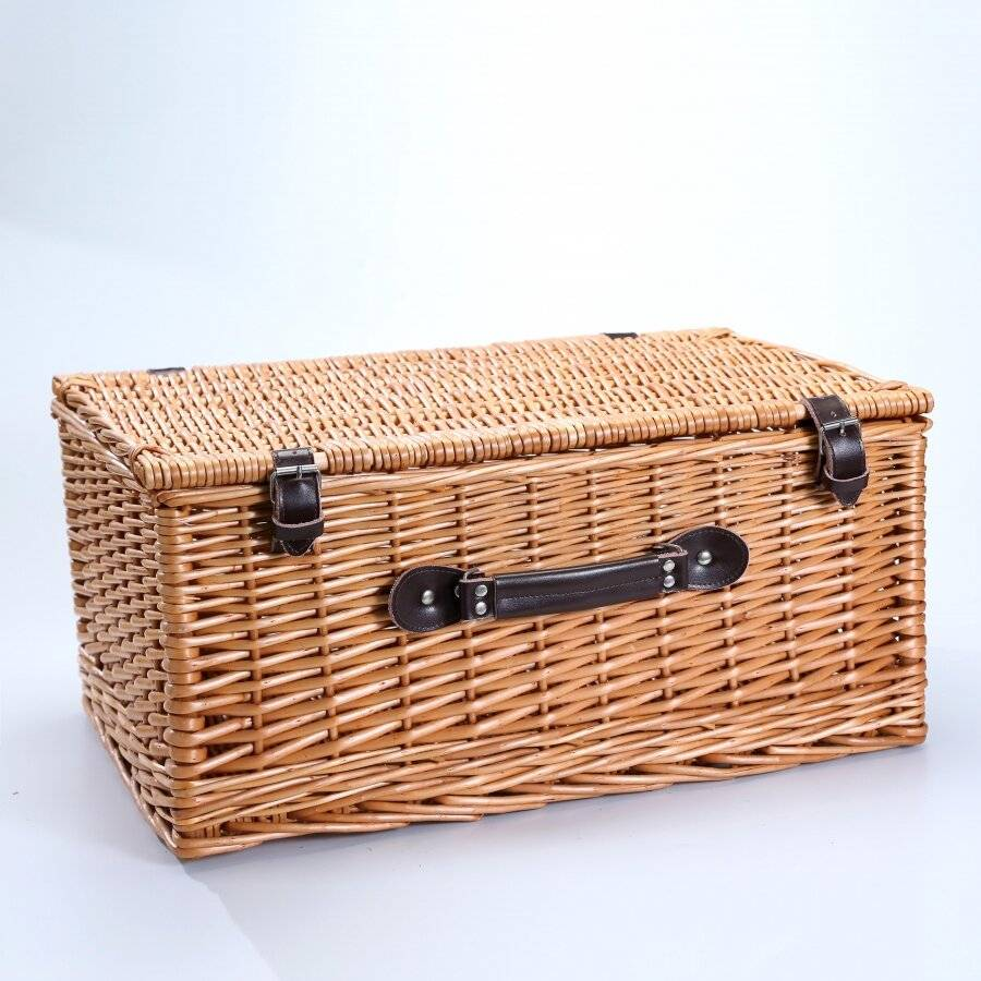 Woodluv  XLarge Wicker Storage Basket With Faux leather Strap, Natural