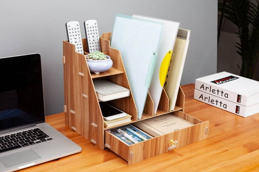 Woodluv Wooden Multifunctional 5 Compartment Desk Organizer